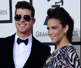 //cdnph.upi.com/sv/em/upi/UPI-8511393374584/2014/1/0df4fbf6af2ad789b4aec5b1642634a7/Robin-Thicke-cancels-third-tour-date-blames-vocal-problems.jpg