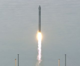http://cdnph.upi.com/sv/em/upi/UPI-9031406306736/2014/1/d8f7099fd48e256d6eaa7bef4491a7ef/SpaceX-releases-video-of-Falcon-9-soft-landing-in-the-Pacific.jpg