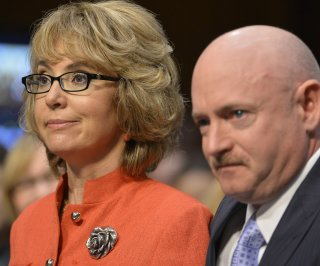 http://cdnph.upi.com/sv/em/upi/UPI-9341389234132/2014/1/c6b7919385a042c9cfd3cd11751ad146/Gabrielle-Giffords-marks-third-anniversary-of-shooting-by-skydiving.jpg
