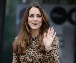 http://cdnph.upi.com/sv/em/upi/UPI-9841392127492/2014/1/db6be323b839328ef3cbbdd6601c01dc/Kate-Middleton-takes-Prince-George-on-vacation.jpg
