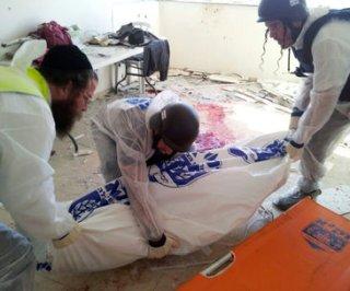 http://cdnph.upi.com/sv/em/upi/UPI-98991352963475/2012/1/8e8785249a398dd60d57a05fa1d941bd/Israel-resumes-Gaza-airstrikes.jpg
