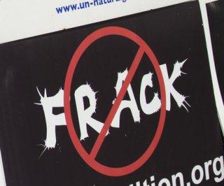 http://cdnph.upi.com/sv/em/upi/UPI-9981407761803/2014/1/7e8753b3676a1c16fbe50d99011b6df6/Greenpeace-doubts-British-fracking-survey.jpg