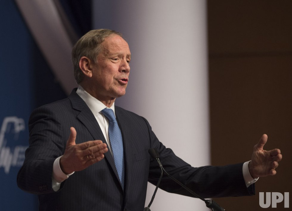George Pataki attends the Republican Jewish Coalition Presidential Candidates Forum