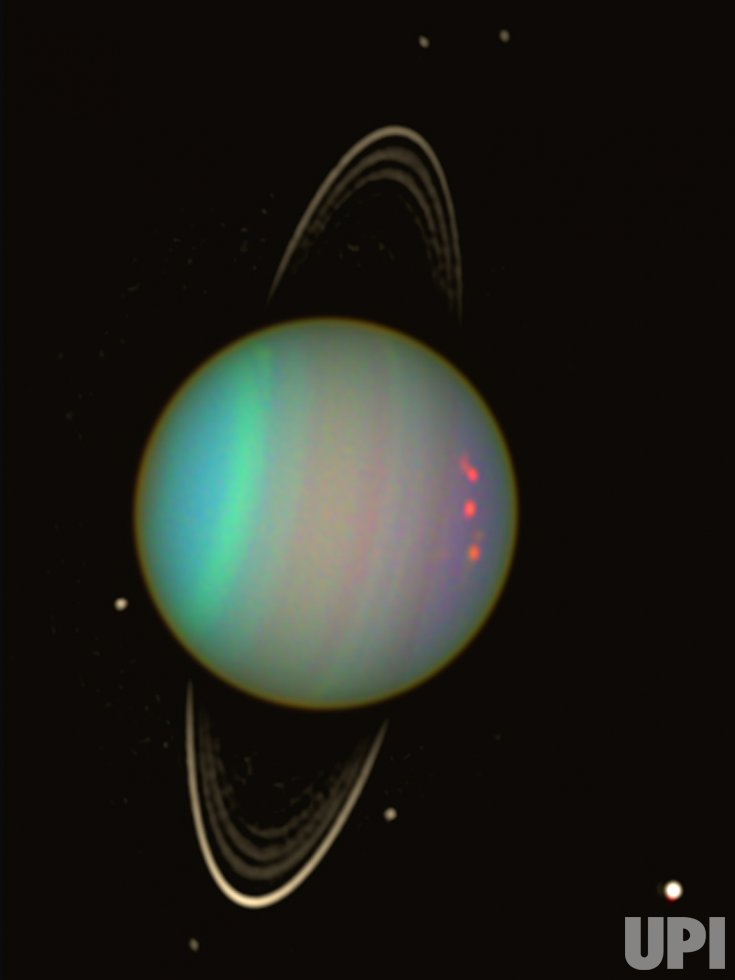 WIDER VIEW OF URANUS BY HUBBLE