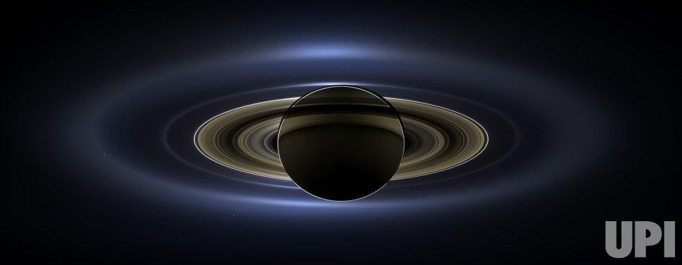 NASA's Cassini Spacecraft Captures Mosaic of Saturn