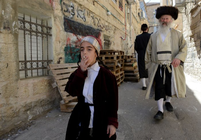 Jews Celebrate Purim With Charity Bright Costumes Drink