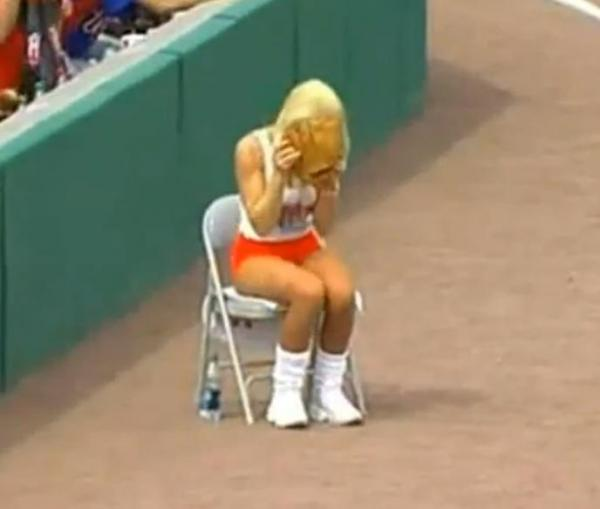 Ballgirl interferes with fair ball