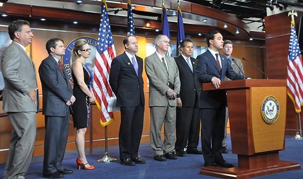 Moderate House Democrats offer their own immigration plan