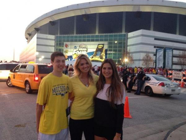 Michigan's Spike Albrecht tweets Kate Upton following memorable game performance