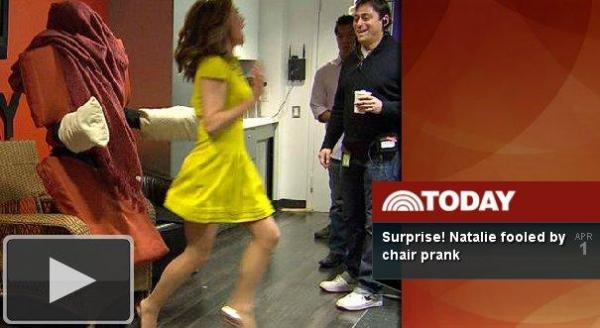 [VIDEO] Natalie Morales falls for living chair prank on 'Today'
