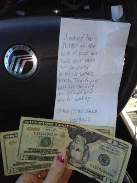 Veteran's anonymous gift goes viral: Boston woman finds $40, thank-you note on windshield
