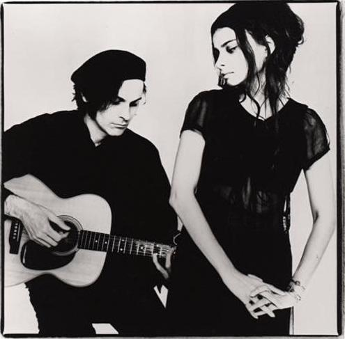 Mazzy Star releases 'California' single, from their first album in 17 years
