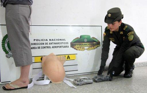 Colombia police arrest Canadian for drugs in fake pregnant belly