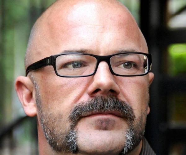 Andrew Sullivan parts with Daily Beast, to charge for content