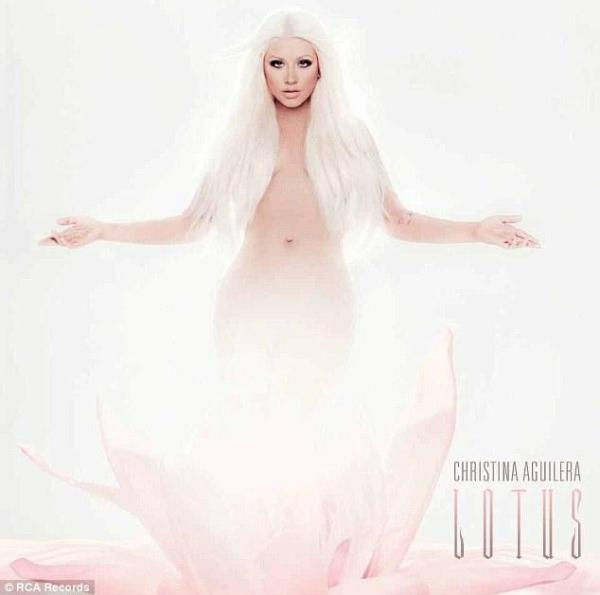 Christina Aguilera on Hillary Clinton 'gazing down on her breasteses': It was mutual