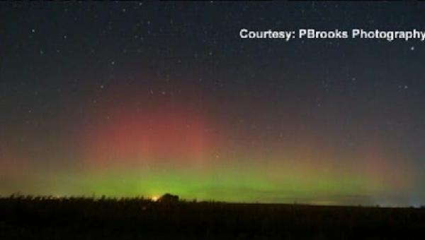 Aurora borealis lights Northern U.S in spectacular show