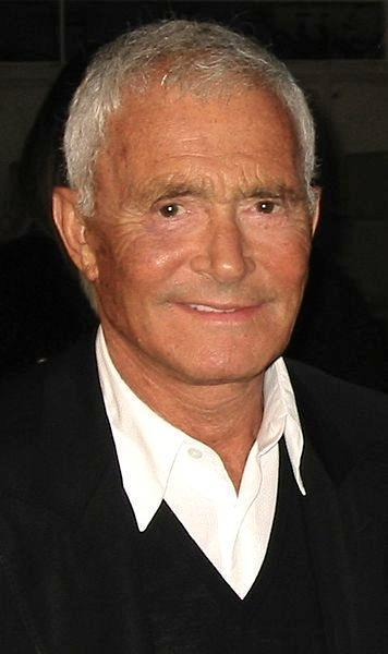 Vidal Sassoon disinherits adopted son from $150 million fortune