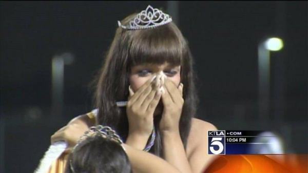 Transgender homecoming queen crowned in Calif. [VIDEO]