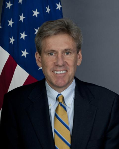 U.S. warships sent to Libyan coast