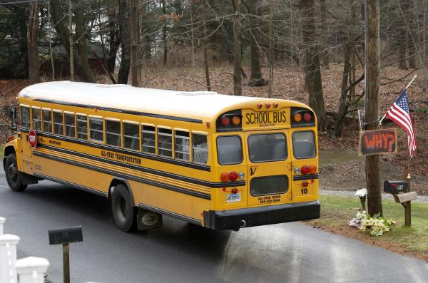 Brutal school bus fight caught on video, Florida bus driver criticized for inaction