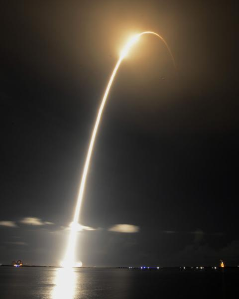 SpaceX cargo flight had engine 'anomaly'