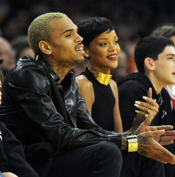 [VIDEO] Chris Brown: 'I Lost Everything' after hitting Rihanna