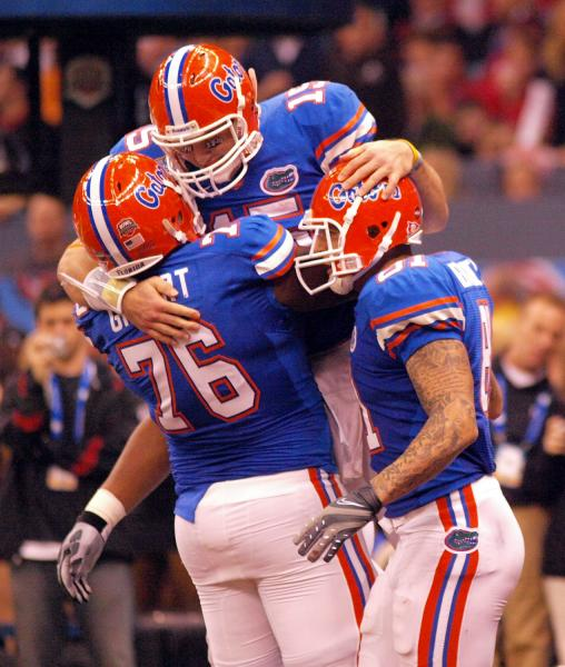 Tim Tebow tried to quell 2007 Aaron Hernandez fight