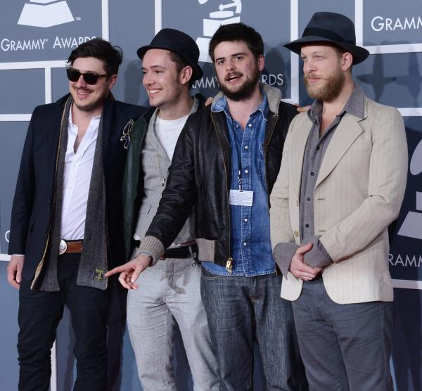 Mumford and Sons bassist hospitalized for blood clot