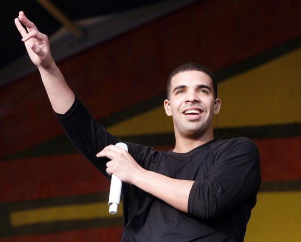 Drake calls out Macy's, Walgreens over 'YOLO' use