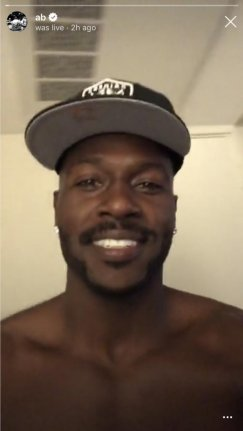 Antonio Brown Ditches Blond Mustache To Meet Derek Carr Jon