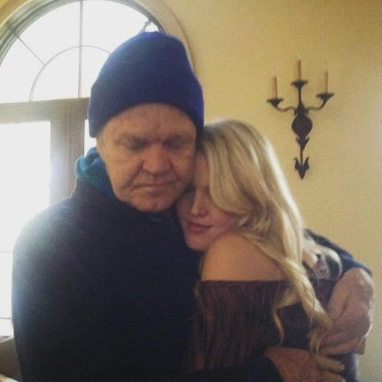 Ashley campbell shared a photo of herself with dad glen campbell at