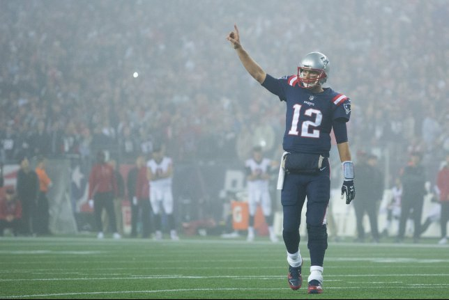 ... Brady (12) completed 24-of-43 passes for 233 yards 124032b86