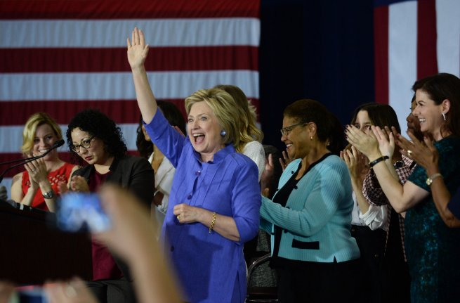 Obama's formal endorsement of Clinton expected soon - UPI.com