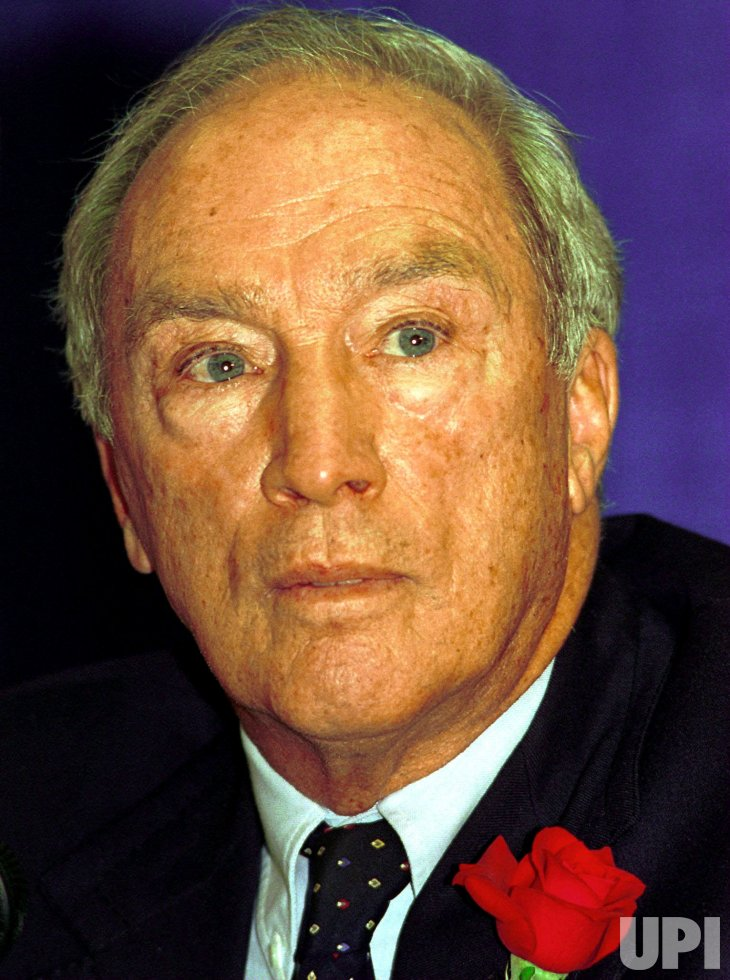 a biography of pierre elliot trudeau the first elected prime minister of canada Read more about this on questia pierre elliott trudeau (joseph philippe pierre ives elliott trudeau) (trōōdō´), 1919–2000, prime minister of canada (1968–79, 1980–84), b.