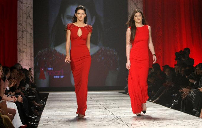 Jenners On Runway Kendall And Kylie Take On New York Fashion Week Photo Video