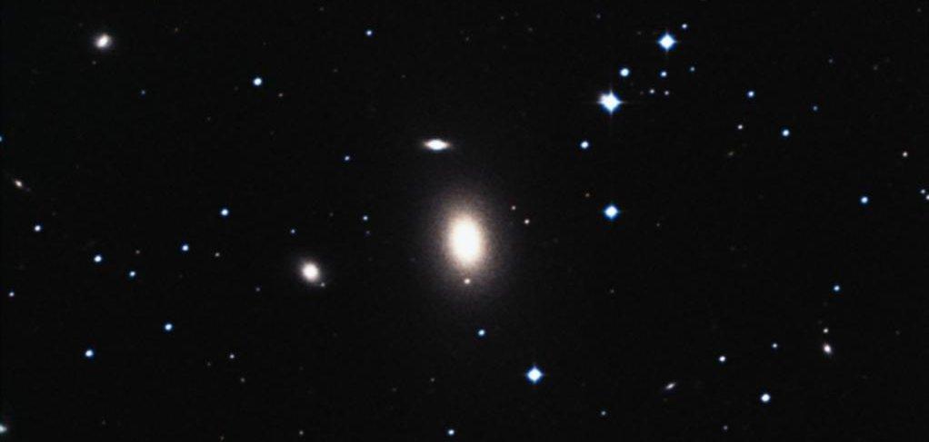 black holes location - photo #36