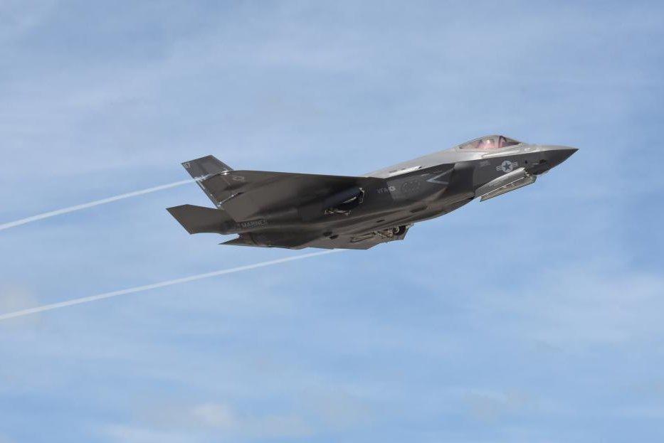 Velocidades supersônicas sustentadas podem causar danos estruturais e à capacidade furtiva do F-35