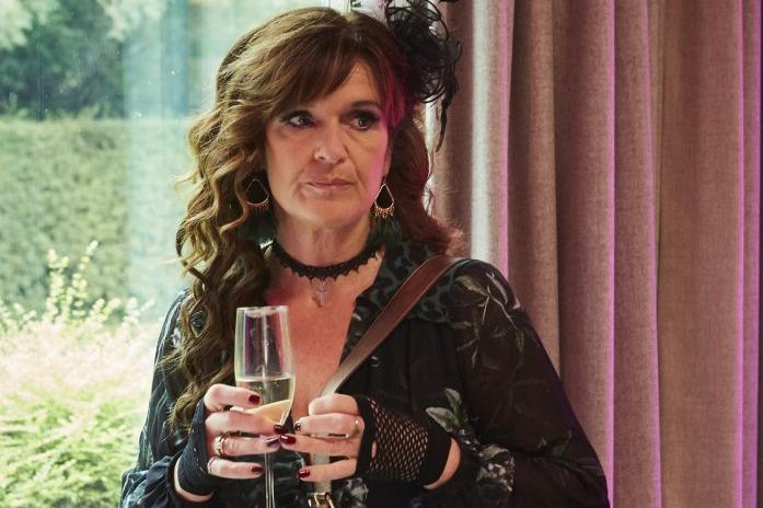 Siobhan Finneran finds joy in comedy in `The...