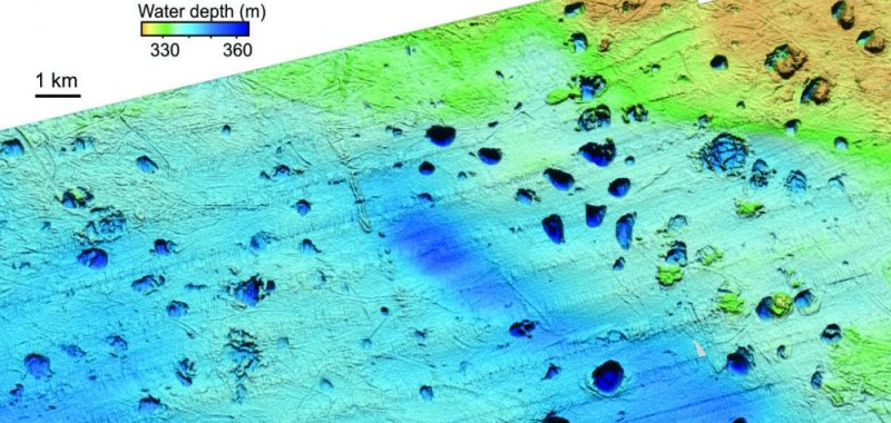 Scientists find hundreds of methane blow out craters on for How did scientists determine the age of the ocean floor