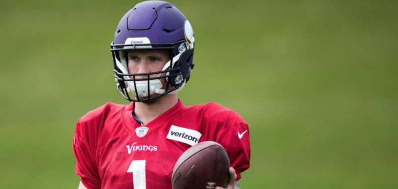 Minnesota Vikings sign QB Kyle Sloter to active roster ...