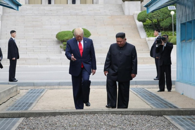 trump steps into north korea in historic dmz visit  agrees to resume nuclear talks