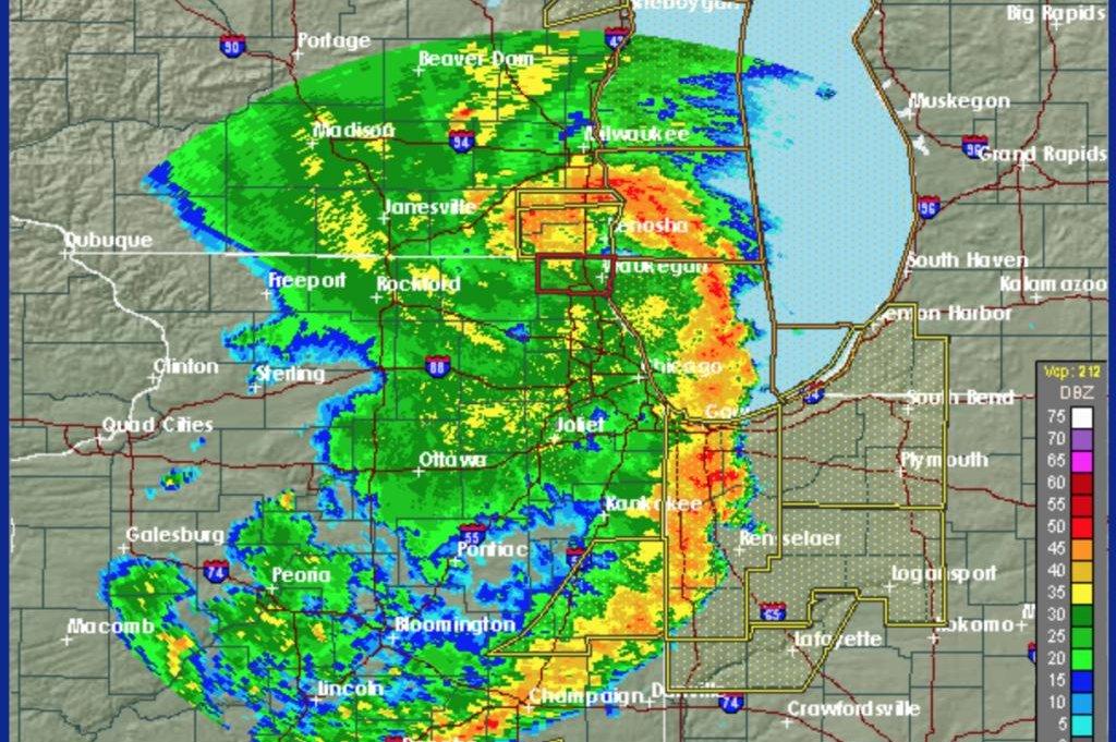 derecho thunderstorms slam chicago leave devastation in