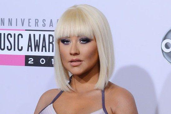 Pregnant Christina Aguilera Poses Nude For New Magazine