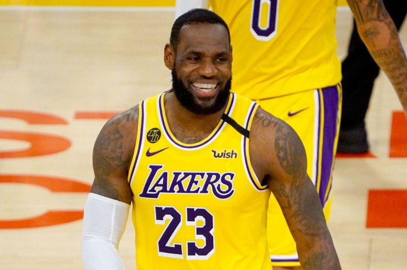 Lakers star LeBron James out vs. Rockets due to sore groin ...
