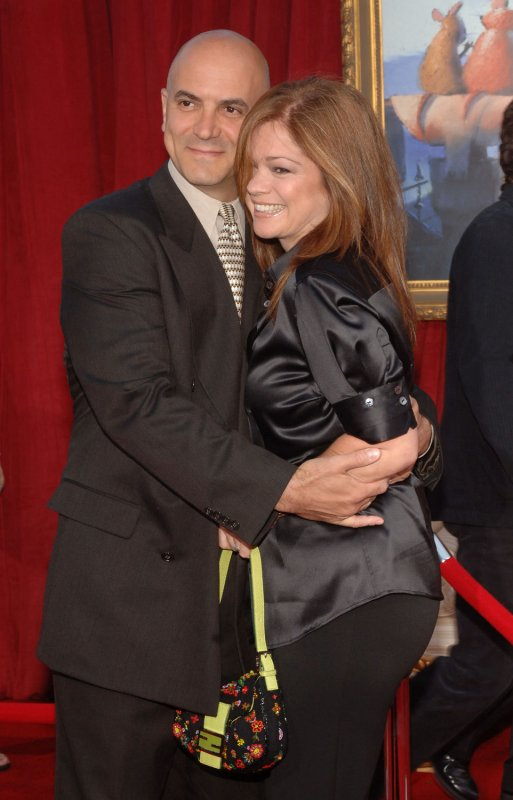 Bertinelli and vitale officially tie knot for How long were eddie van halen and valerie bertinelli married