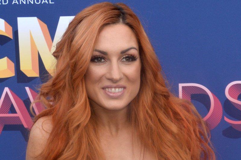 Wwe Becky Lynch Charlotte Flair Have Fight At