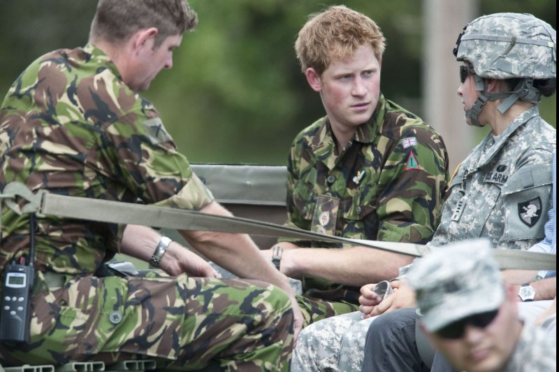 prince harry leaves military after 10 years