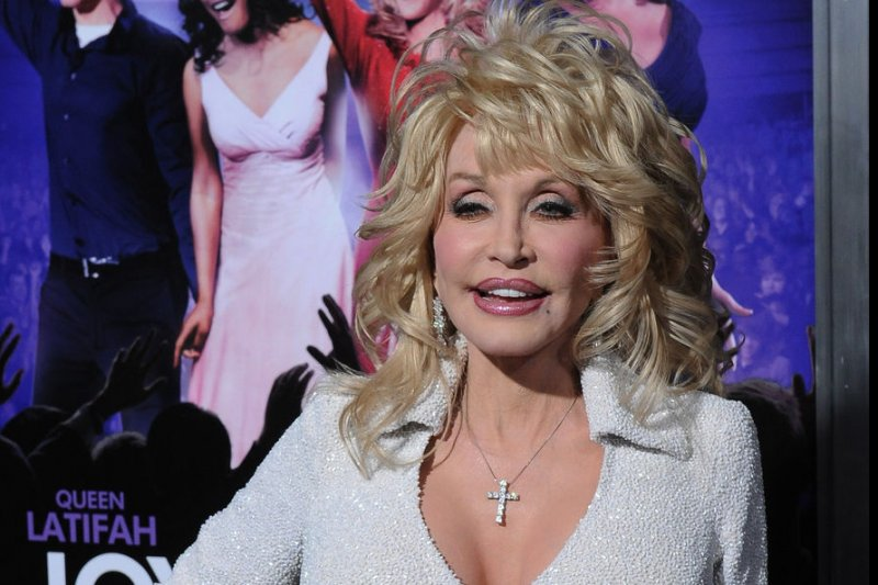 Dolly parton addresses tattoo rumors 39 they 39 re mostly for for What does dolly parton s husband do for a living