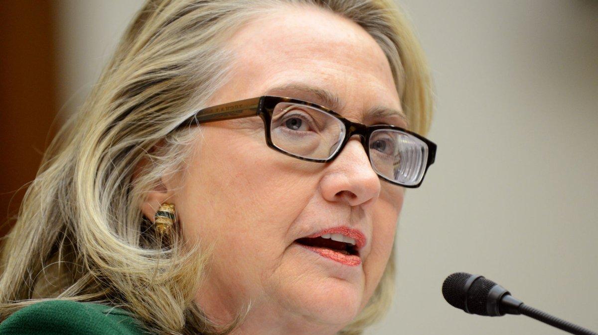 Hillary Clinton's new glasses correct post-concussion
