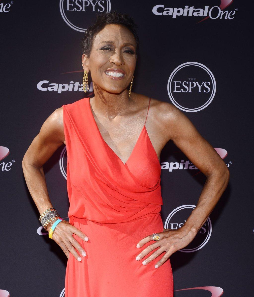 Robin Roberts, Tyson Beckford to host Oscars red carpet show - UPI.com